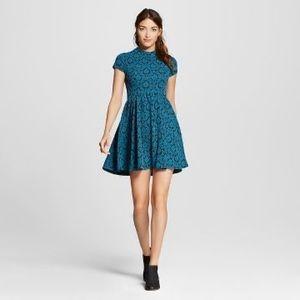 Xhilaration mock-neck short sleeve dress